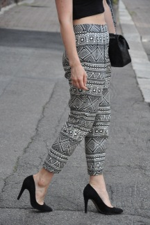Printed trousers in a classic model.
