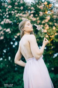 Chiffon dress with open back. Pic by Ömer Acar